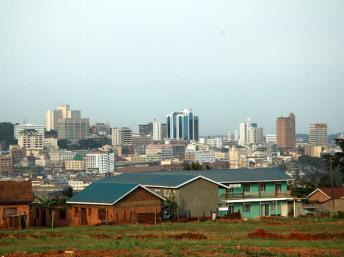 Vue sur Kampala, la capitale ougandaise. (CC)/Wikipedia/Omoo