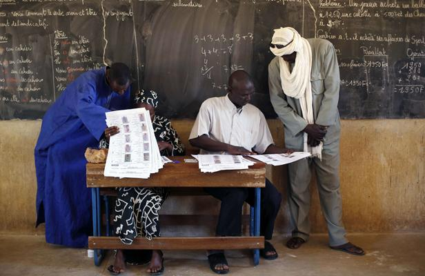 Mali: les partis en lice pour le second tour des législatives