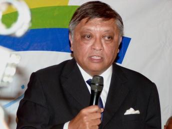 Jean Louis Robinson, lors d'une conférence de presse le 15 septembre à Antananarivo avec les chefs de la mouvance Ravalomanana. RFI/Marie Audran