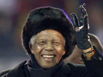 Nelson Mandela au Soccer City Stadium de Johannesburg, avant la finale de la Coupe du monde.