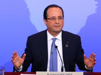 Le sommet de l'Elysée célèbre la vision de Hollande pour les relations entre Afrique et France