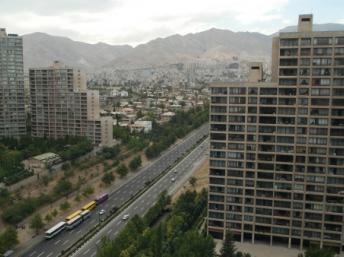Des complexes résidentiels dans la banlieue Shahrah-e Qods, au nord-ouest de Téhéran. Kaveh Kazemi/Getty Images