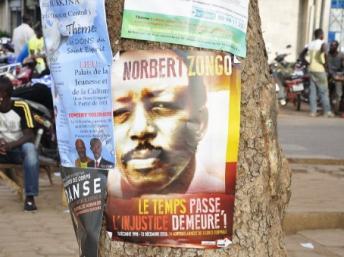 Les Burkinabés n'oublient pas Norbert Zongo, directeur de l'Indépendant, assassiné alors qu'il enquêtait sur la mort de David Ouedraogo, chauffeur du frère cadet du chef de l'Etat, François Compaoré. AFP/Ahmed Ouob