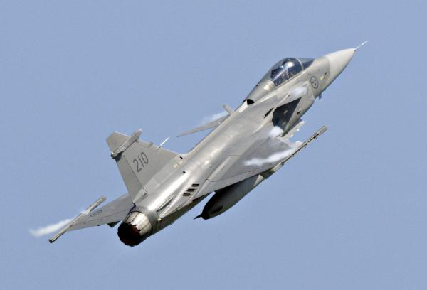Une vue du chasseur «Gripen». REUTERS/Johan Nilsson/TT News Agency/Files