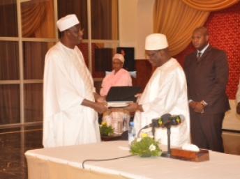Le Vérificateur général, Amadou Ousmane Touré. www.bvg-mali.org