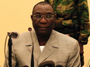 Michel Djotodia lors d'une conférence de presse à Bangui, le 24 décembre 2013. REUTERS/Andreea Campeanu