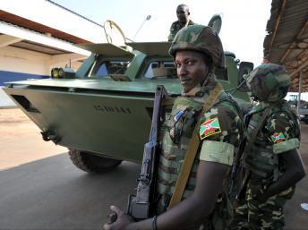 Les soldats burundais arrivent en Centrafrique dans le cadre de la Misca, le 15 décembre 2013.