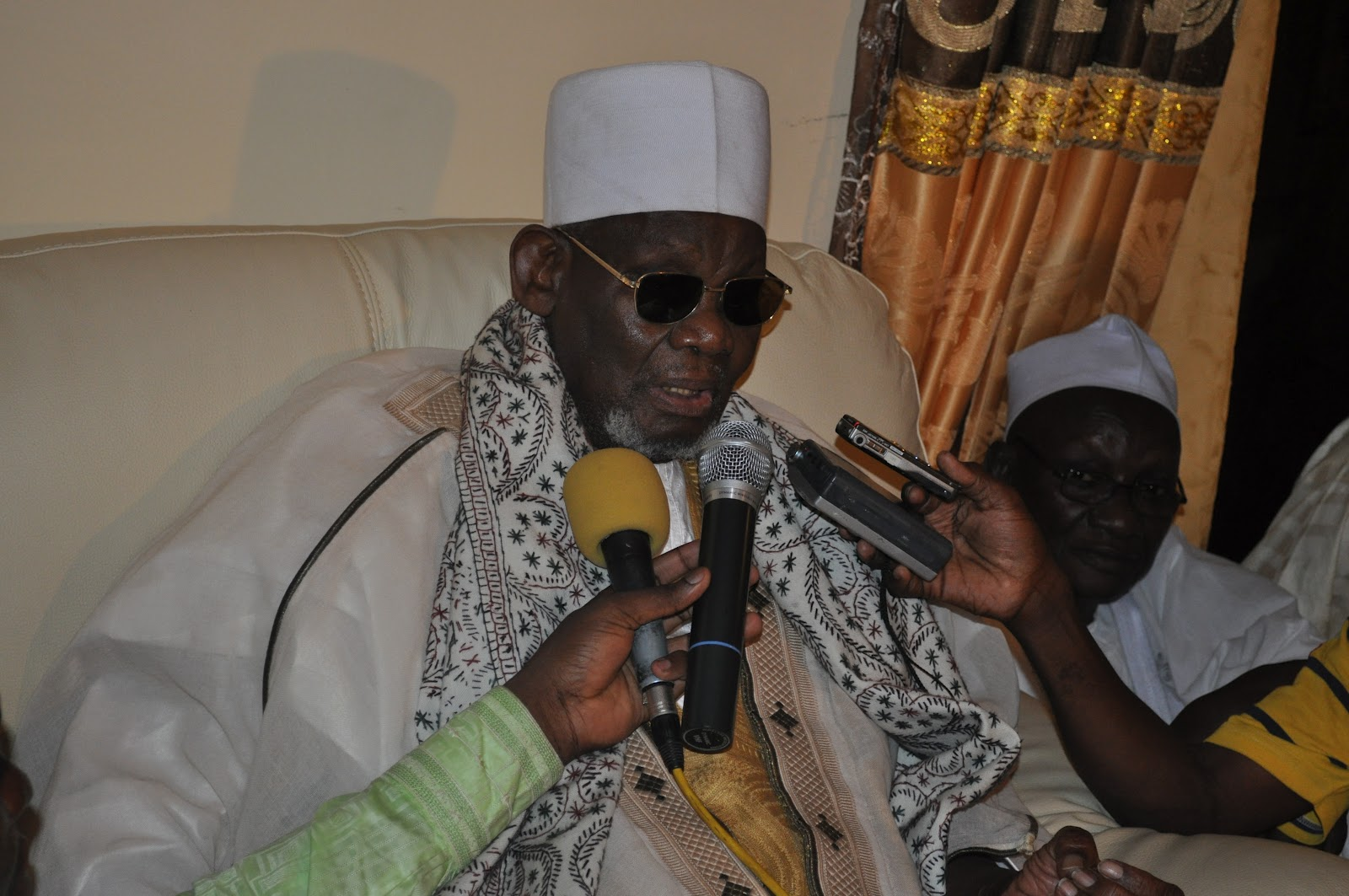 Affaire Sidy Lamine Niasse: quand le khalife de Médina Baye désarme Macky Sall