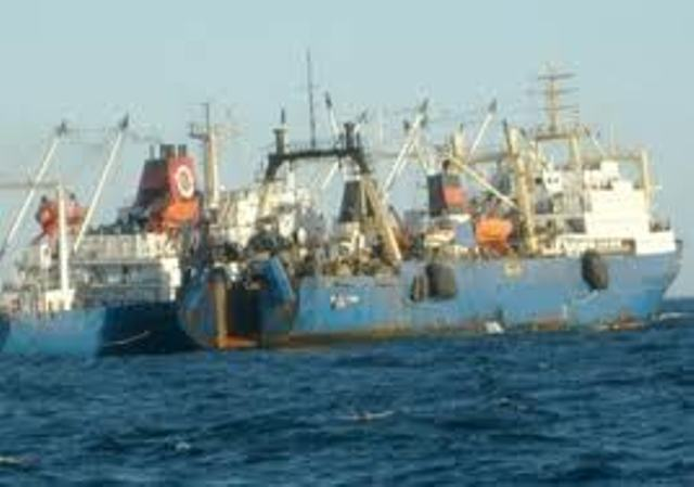 La marine sénégalaise arraisonne un bateau de pêche russe dans ses eaux