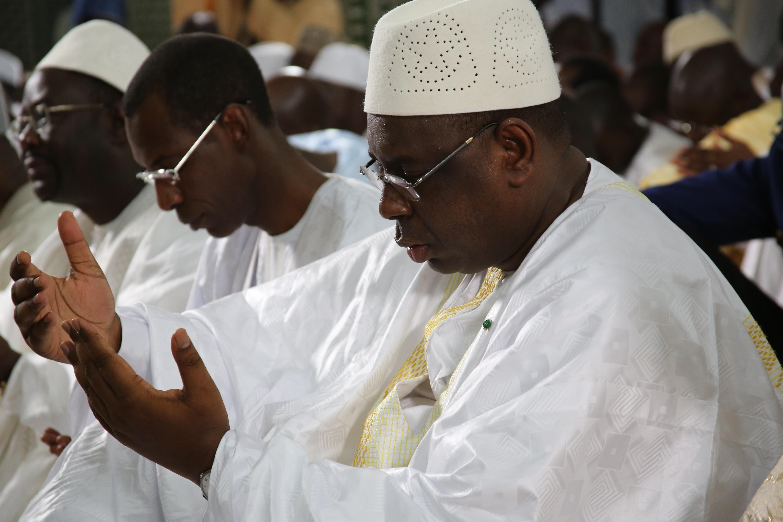 Visite de Macky Sall à Tivaouane « Serigne Abdou Demande de soutenir les efforts du gouvernement »