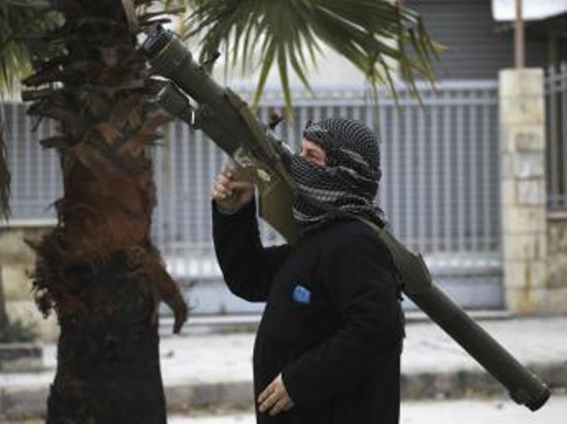 Turquie: un convoi «humanitaire» chargé d'armes passe en Syrie