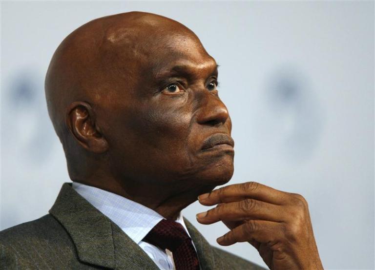 Affaire plainte de Wade : Abdou Mangane disculpe Ngoné Ndoye et promet des preuves