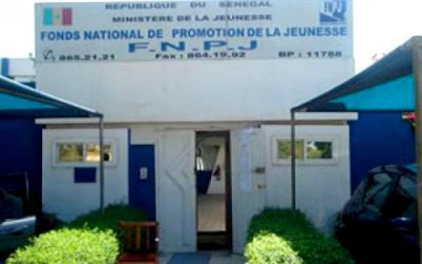 ANPEJ : Macky Sall case son oncle, Abdoulaye Thimbo