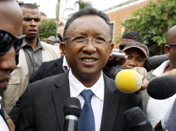 Hery Rajaonarimampianina, lors du second tour de la présidentielle malgache, le 20 décembre dernier. REUTERS/Thomas Mukoya