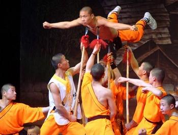 Spectacle au Grand Théâtre : Les moines Shaolin émerveillent le public dakarois