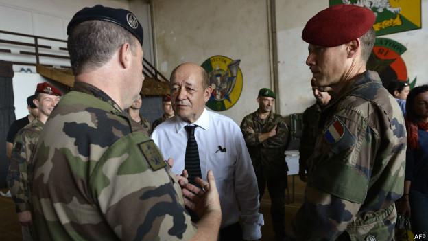 La France va réorganiser sa présence militaire dans le Sahel