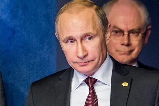 A Bruxelles, Vladimir Poutine dénonce une « ingérence » des Européens en Ukraine