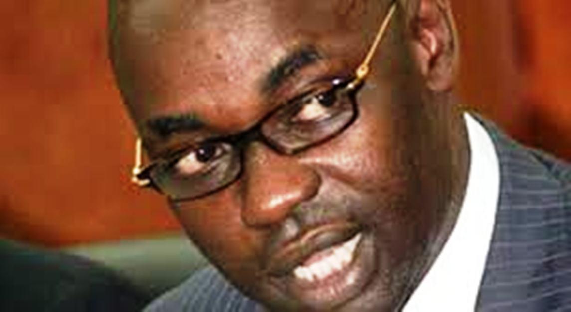 Refus de déferrer à la convocation: Samuel Sarr défie le juge du 3ème cabinet