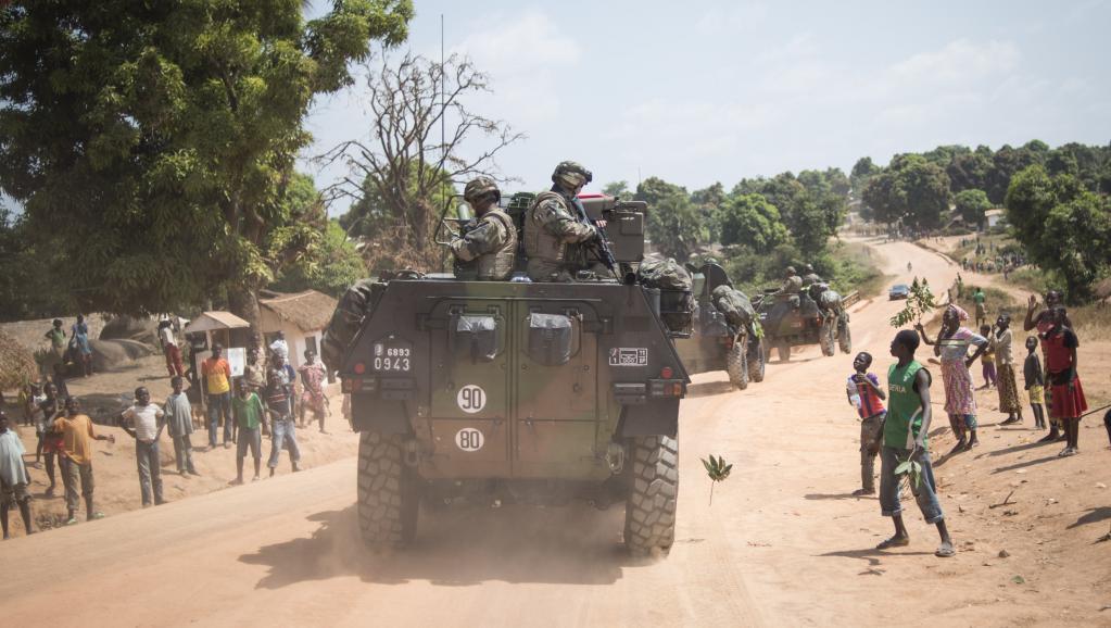 En tout début de l'intervention, l'armée française avait fait le chemin dans l'autre sens, en provenance du Cameroun. Photo: les environs de Bouar, le 7 décembre 2013.
