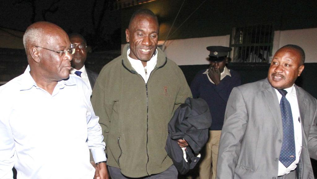 Andrew Banda (C), 53 ans, avait déjà été arrêté le 25 juillet 2013, poursuivi pour diffamation contre le président.