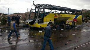 Un bus après l'explosion en Egypte