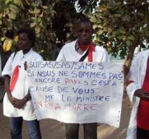 Santé : le SAMES en grève aujourd'hui et demain, Eva Marie Coll Seck leur barre la route