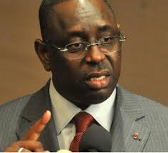 Colère présidentielle : Macky Sall demande à chaque ministre de lui faire un  bilan entre avril 2012 et janvier 2014