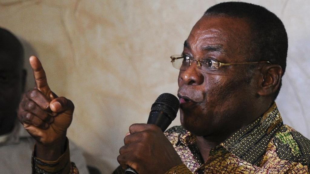 Le chef du FPI, Pascal Affi N'Guessan, en août 2013. AFP PHOTO/SIA KAMBOU