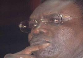Mbaye Jacques Diop refuse le certificat de mariage à sa femme qui le traîne en justice