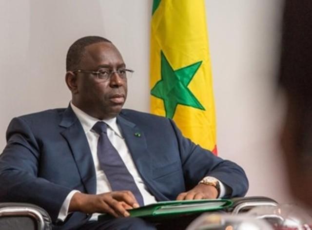 La disposition qui réconforte Macky : « Le président de la République n'est pas obligé de démissionner de son parti jusqu'à 2017 », rapporteur adjoint de la CNRI