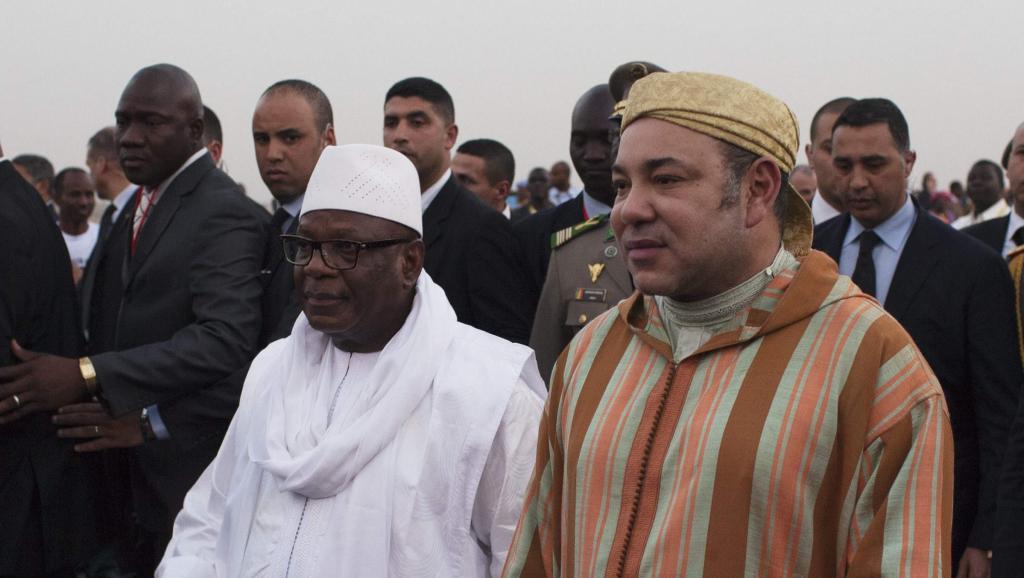 Le président malien Ibrahim Boubacar Keïta et le roi du Maroc Mohammed VI, le 18 février 2014 à Bamako.