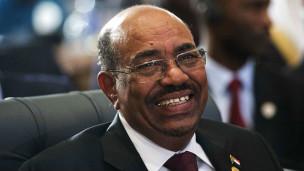 Le président Soudanais fait l'objet de mandats d'arrêt de la CPI pour crimes de guerre, crimes contre l'humanité et génocide dans le conflit du Darfour