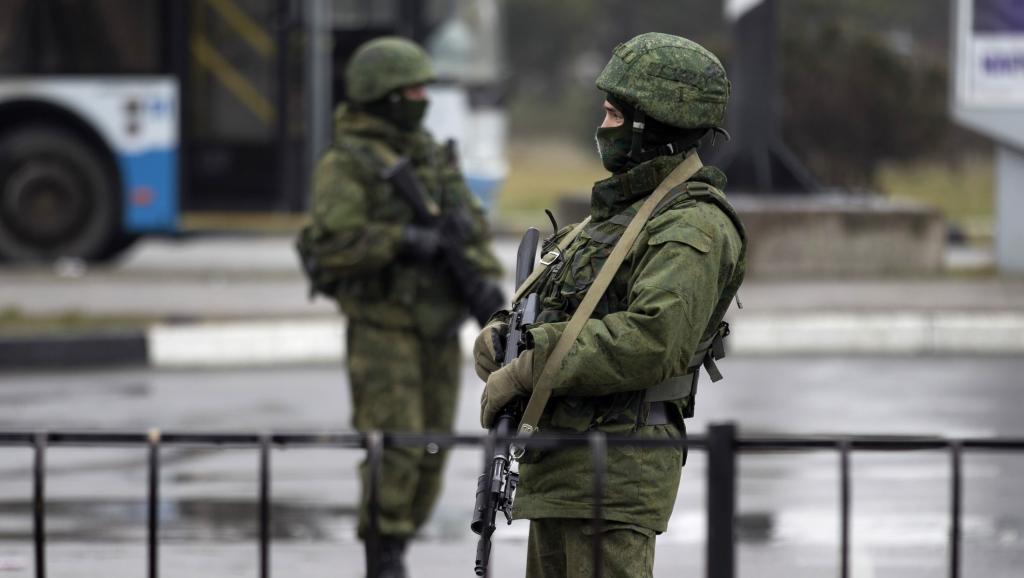 L'Ukraine dénonce une «invasion armée» et appelle l'Occident à l'aide