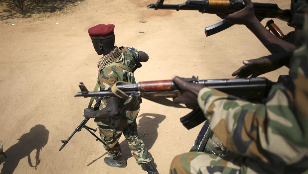 Des soldats sud-soudanais à Juba, la capitale, le 21 décembre 2013.REUTERS/Goran Tomasevic