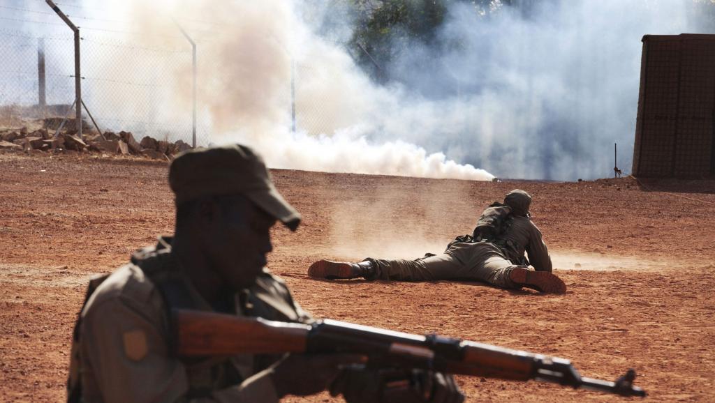 Soldats maliens à l'entraînement, le 6 février 2014 à Koulikoro. REUTERS/Joe Penney