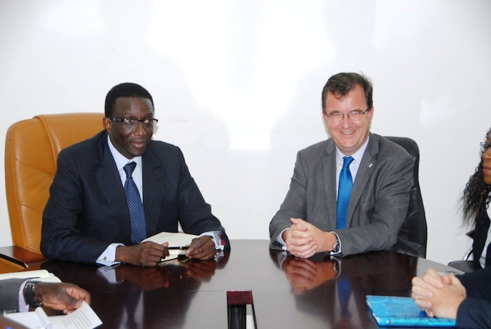 La Banque Mondiale « Les professeurs d'université du Sénégal sont cinq fois mieux payés que ceux des États unis »