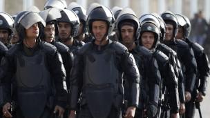 4 officiers de police égyptiens condamnés pour négligence.