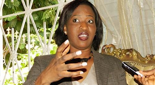 """Zahra Iyane Thiam répond à Mme Habré: """"Madame la Présidente, il faut savoir  raison garder"""""""