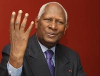 Secrétariat général de l'OIF-Abdou Diouf se disqualifie
