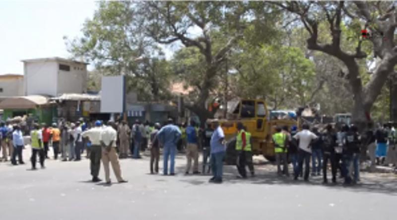 Centenaire : affrontements entre forces de l'ordre et marchands ambulants qui défient le préfet de Dakar