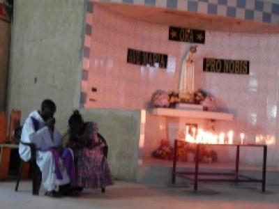 Ouvrir les églises pendant 24 heures pour la joie de la confession