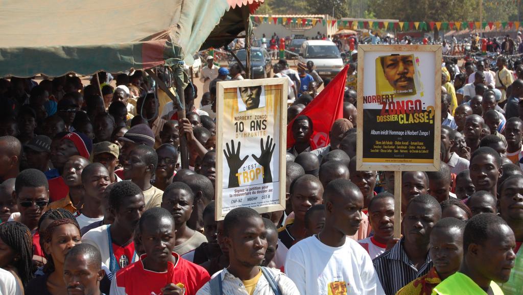 Manifestation pour exiger la lumière sur l'assassinat de Norbert Zongo en 2008, à Ouagadougou, Burkina Faso.