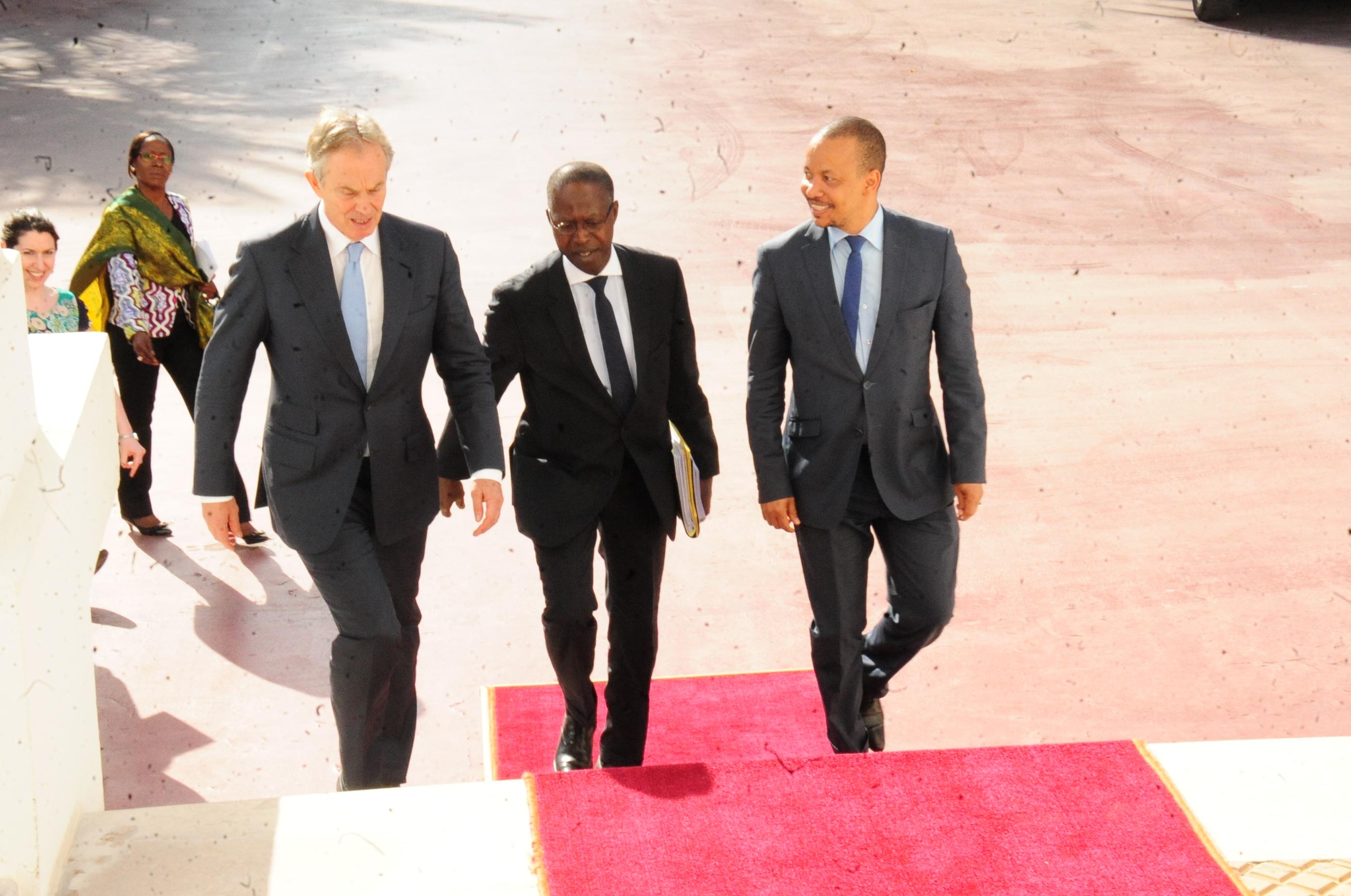 Tony Blair et le président Sall parlent du PSE