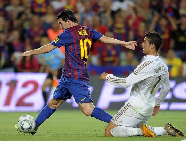 "Real Madrid/Barcelone - Pelé : ""Lionel Messi est plus complet que Cristiano Ronaldo"""