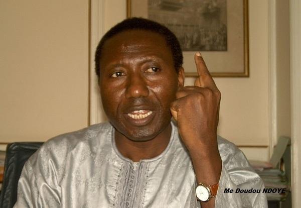 Maitre Doudou NDOYE est-il frappé de sénilité ?