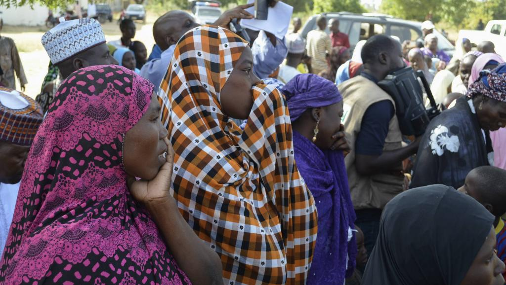 Dans les familles des jeunes filles enlevées, l'angoisse monte. Ici des mères lors d'une rencontre avec le gouverneur de l'Etat de Borno le 22 avril dernier.