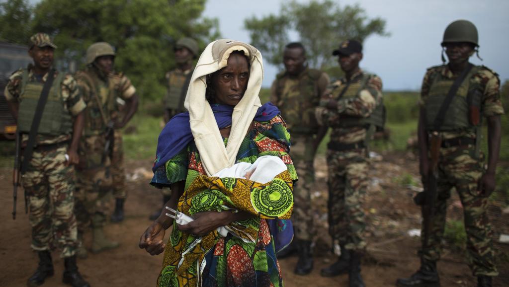 Une femme déplacée à Kaga-Bandoro, en Centrafrique.REUTERS/Siegfried Modola