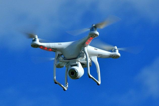 Etats-Unis : un drone et un avion se frôlent en plein ciel