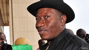 Il y a un an Goodluck Jonathan décrétait l'état d'urgence dans son pays. Mais l'insurrection islamiste persiste encore