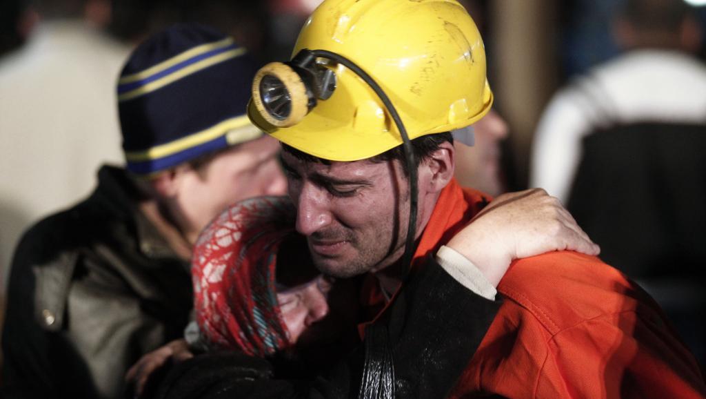 Turquie: plus de 200 morts dans l'effondrement d'une mine